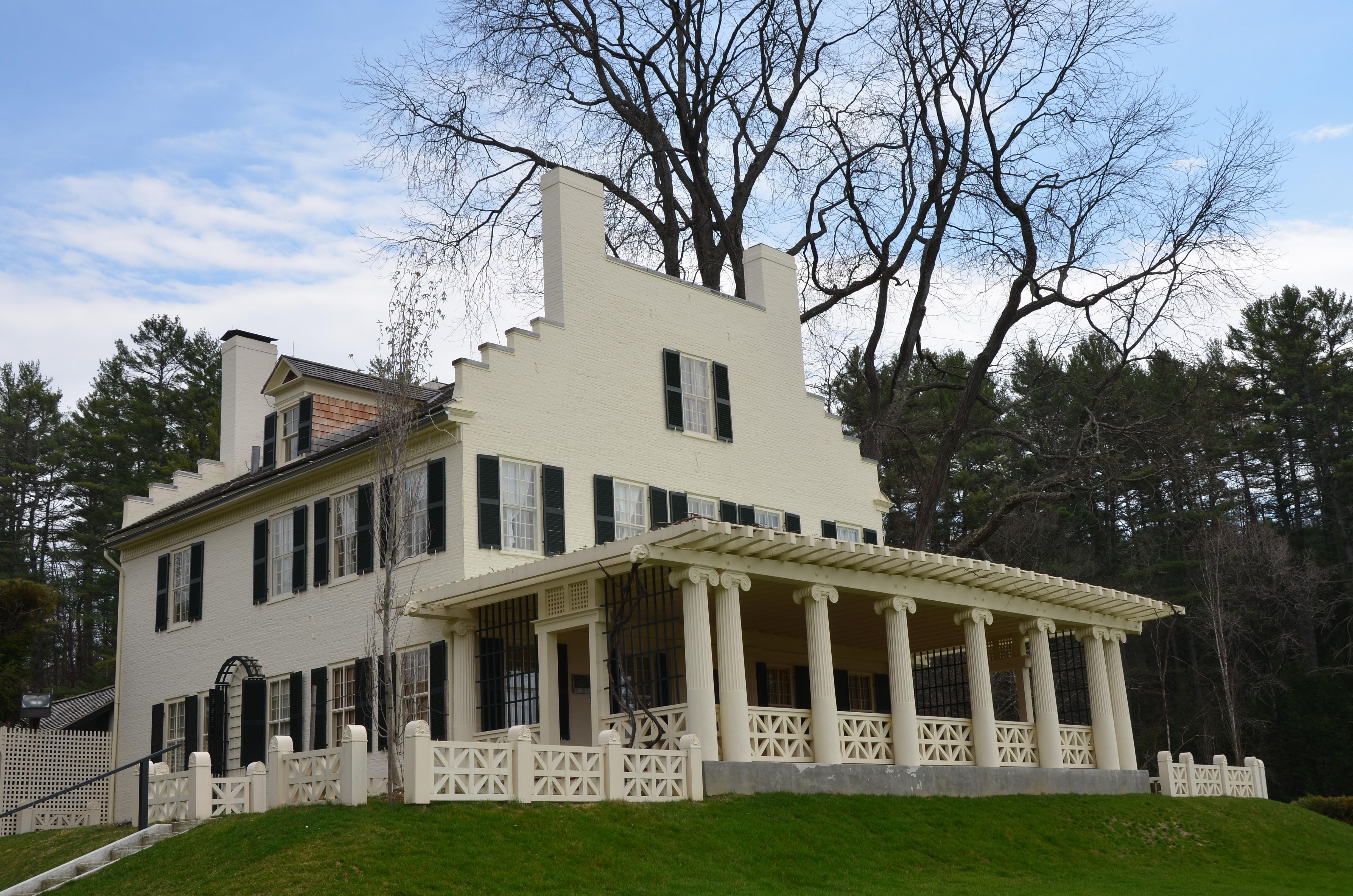 Aspen House, Built abut 1817